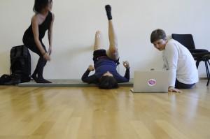 CCL14 Motion Bank stretching (c) jeanne vogt